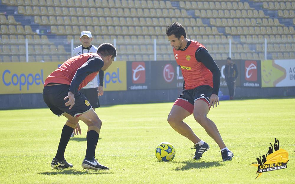 Primer entrenamiento de Javier Báez