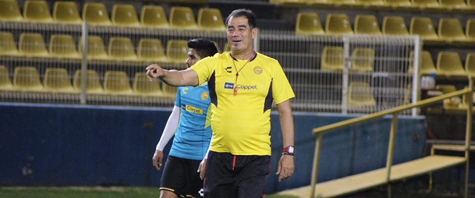 Ramírez debutó a Torres y Ceja ante Tampico