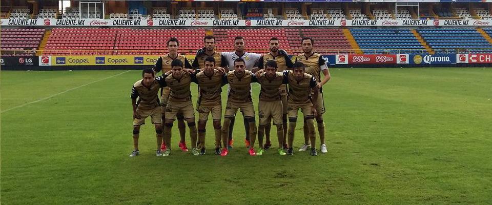 Marco Villanueva fungió como el Capitán y marcó gol