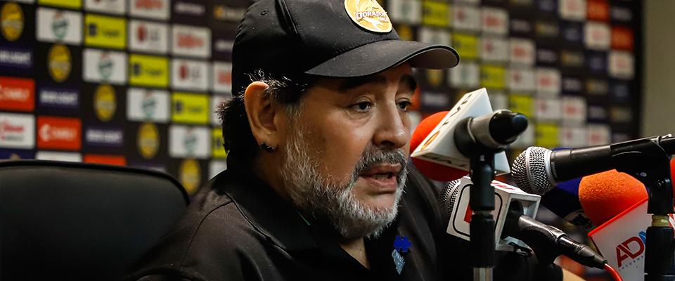Maradona en Conferencia (Foto: Enrique Serrato)