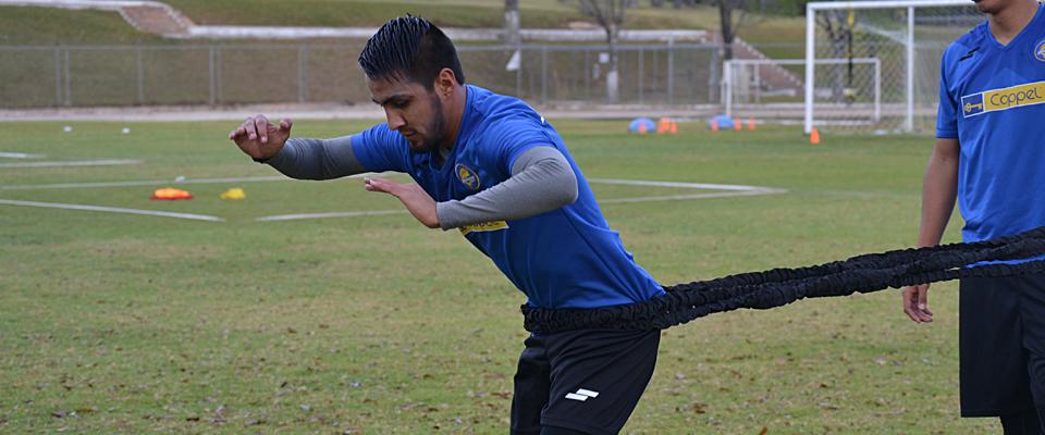 Christian López regresará a las canchas tras sufrir una lesión en la rodilla