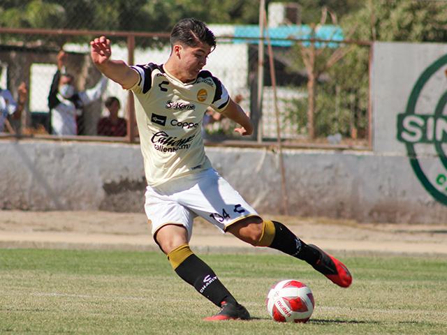 Iván López anotó doblete en Navolato