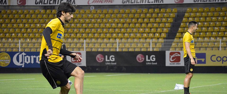 El uruguayo sufrió lesión en el encuentro ante Toluca (MEXSPORT)