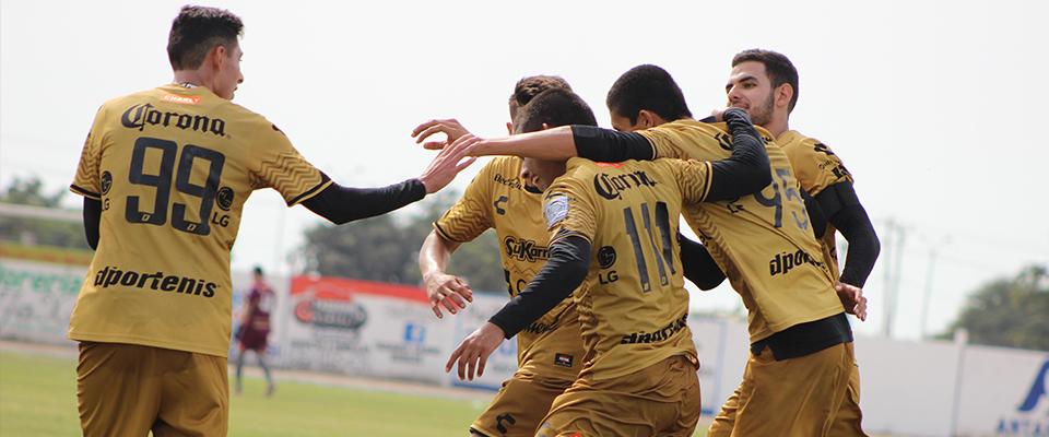 Enrique López marcó el gol del triunfo en Liga Premier