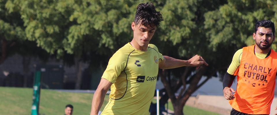 Fernando Arce durante la práctica