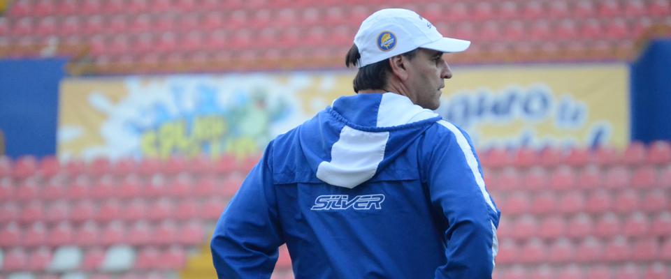 Esteban Rodríguez reportó este jueves al campamento del Club Dorados de Sinaloa