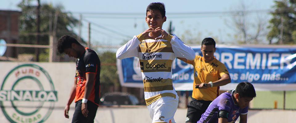 Eduardo Armenta debutó y anotó el cuarto gol