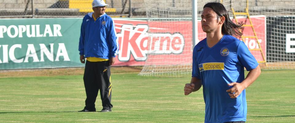 Gómez buscará ser parte importante del equipo en la búsqueda del ascenso