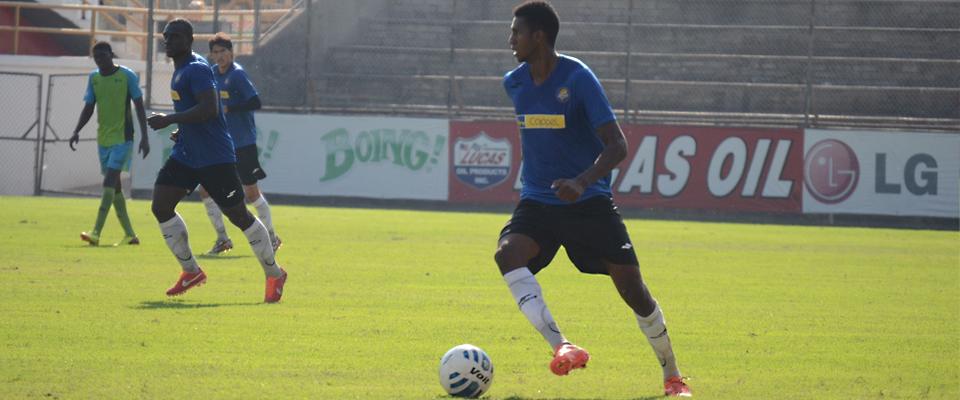 José Ayoví inició como titular en la victoria de Dorados sobre la Comisión del Jugador
