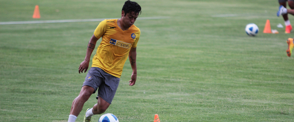 Esteban Rodríguez participó los 90 minutos en la Ida de la Llave 1 ante Atlas F.C.