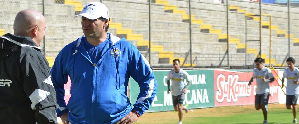 Carlos Bustos confía que Dorados será un equipo lleno de calidad en el Clausura 2015