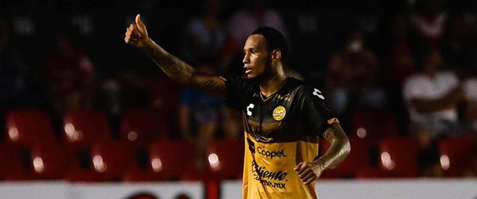 Vinicio Angulo marcó doblete en el Luis Pirata Fuente