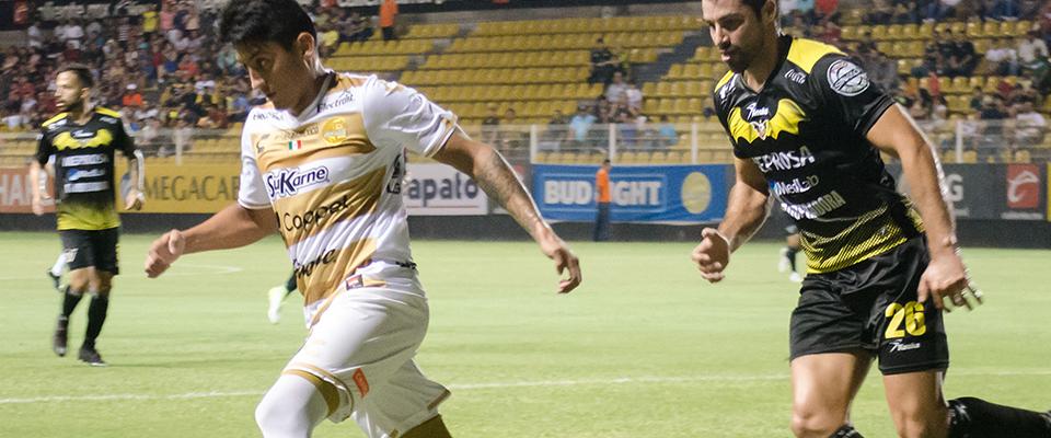 Moreno participó 60' minutos el sábado